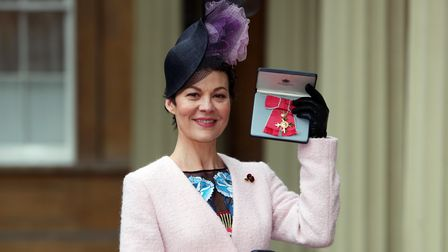 Helen McCrory with her OBE in 2017.