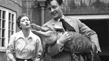 Jennie Carson and Donald Sinden during filming for An Alligator Named Daisy, 1955. Picture: Getty Im