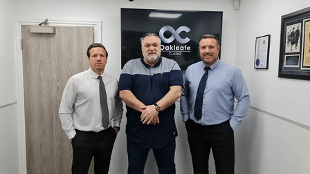 BrothersDean (l) and Lee (r) were joined by old football pal Neil Ruddock