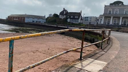 Railings to be replaced between the Harbour Lights pub and the slipway on Paignton seafront