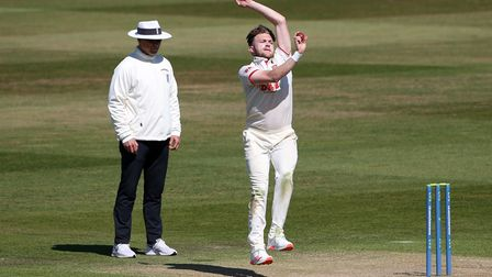 Sam Cook in bowling action for Essex during Warwickshire CCC vs Essex CCC, LV Insurance County Champ