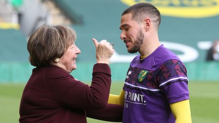 Norwich City's Joint Majority Shareholders Delia Smith and Michael Wynn-Jones present Emiliano Buend