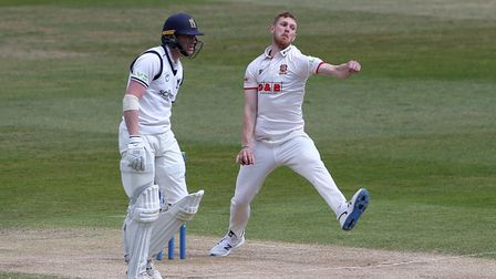 Jamie Porter in bowling action for Essex during Warwickshire CCC vs Essex CCC, LV Insurance County C