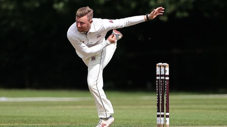 Aaron West in bowling action for Brentwood during Brentwood CC vs Hornchurch CC, Shepherd Neame Esse