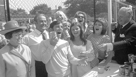 Norman Wisdom opens Friends of Hospitals fete at Great Yarmouth