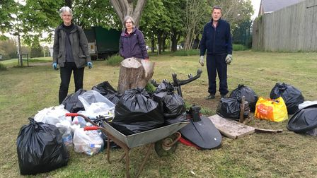 Goodmayes group collects 100 bags of litter for Captain Tom challenge