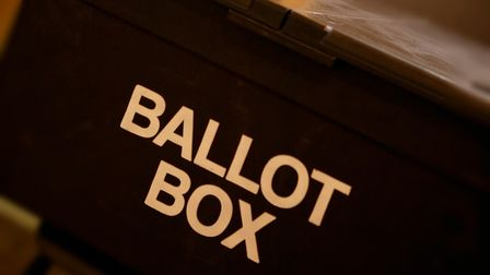 Who won control of St Albans district council?