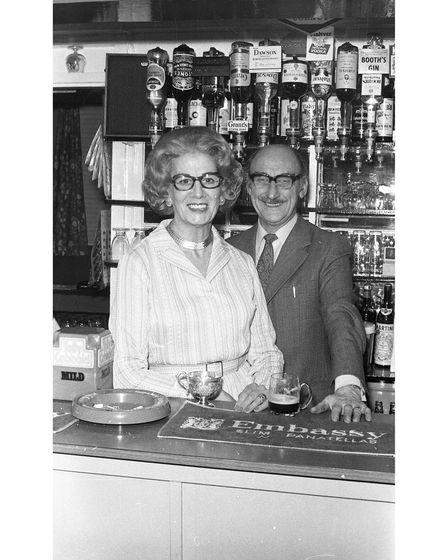 Behind the bar at Brickmakers Arms in 1974