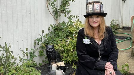 Carrie Kirkpatrick held a ceremony to remember her cat Malachi