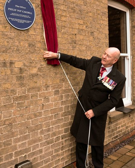 Air Commodore Neil Connell unveiled the plaque at Manor Farm.