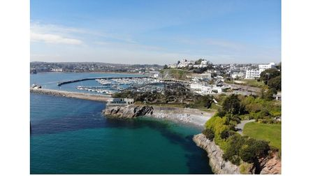 Marine aviary site for sale