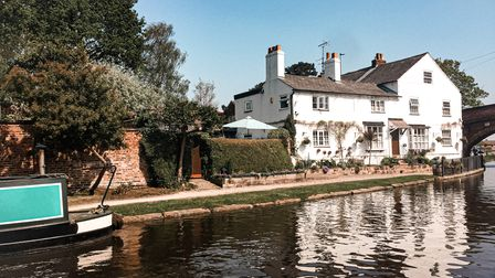 Lymm White House and Bridgewater Canal