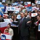 Alex Salmond meets with Scots and other European citizens to discuss Scotland's continued EU membership with a Yes vote