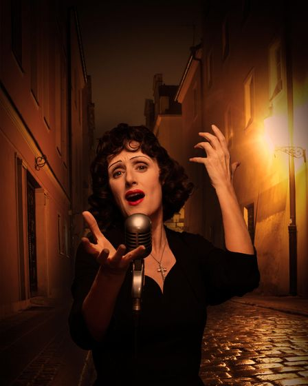 Jenna Russell in Piaf at Leeds Playhouse