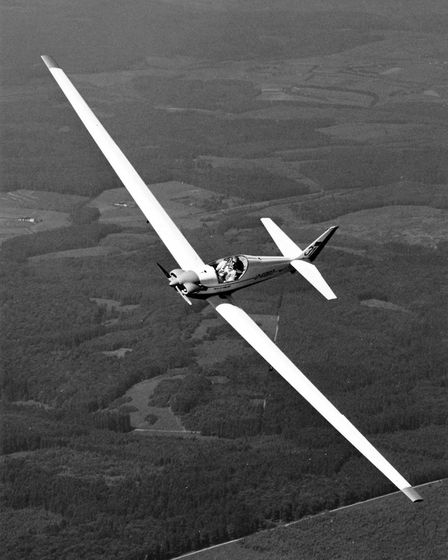 The Milan(Kite)was created by combining a Fournier RF4D fuselage with a Scheibe SF-27's fifteen-me