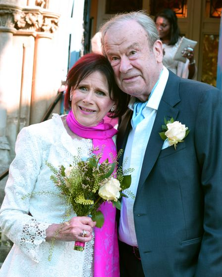 The wedding of Marjorie Wallace-Skarbek and John Mills at Pond Square Chapel Highgate 29.05.21.