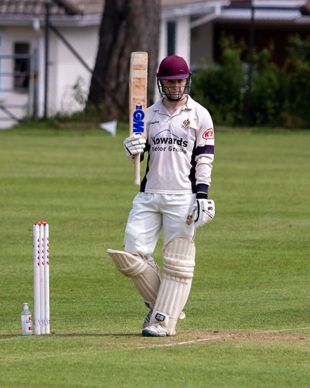 Scott Ford and Will Carpenter hit half-centuries for Clevedon seconds