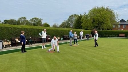 Potters Bar Bowls Club coaches with potential new members