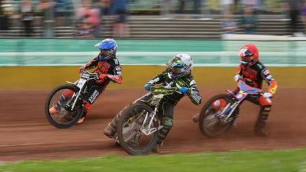 Cameron Heeps looks to have the inside advantage over Broc Nicol and Rory Schlein, in heat six, but