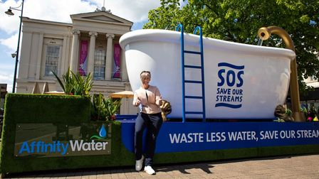 St Albans Daisy Cooper MP visited Affinity Water's giant tub for SOS: Save Our Streams on May 27