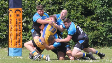 St Albans Centurions' defence keeps Hemel Stags out
