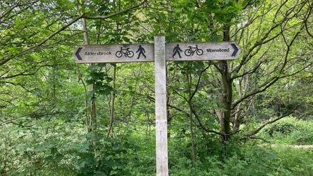 Wanstead Park pedestrian and cycling sign.