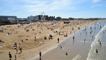 Bank Holiday: thousands flock to Weston beach