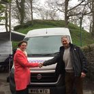 Selaine Saxby and Clive Selley, CEO of Openreach, in Barnstaple pre-covid