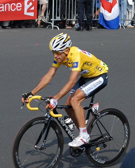 Carlos Sastre won the 2008 on a similar bike to the one stolen from James Hamm