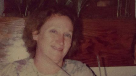 Kelly Ford was 15 when she lost her mum Jill, pictured, to ovarian cancer.