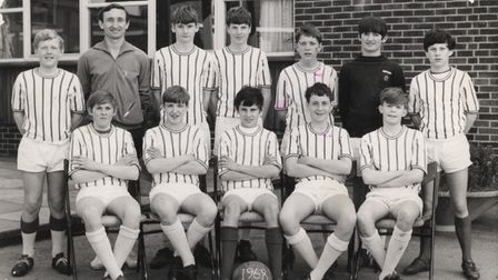 Longsands football team which includes John Gregory who went on to play professional football.