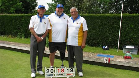 Men's triples at Ottery Bowls