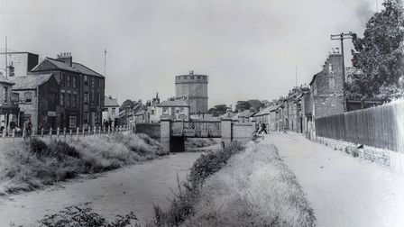 East bank of canal