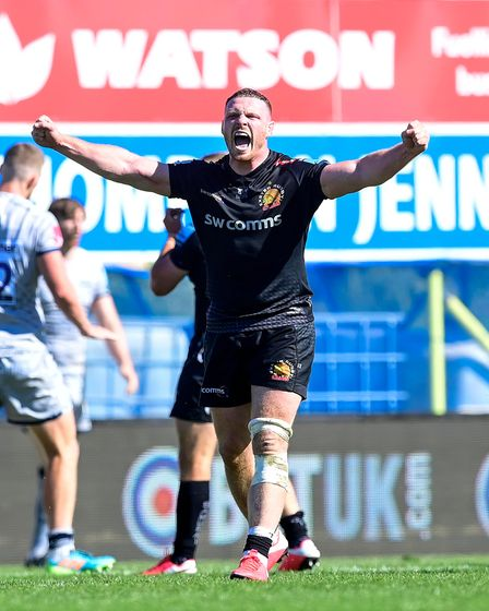 Sam Simmonds of Exeter Chiefs celebrates winning on the final whistle during the Gallagher Premiersh