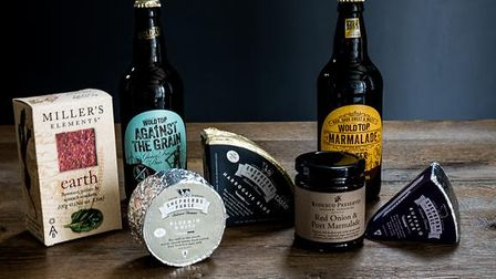 Beer and Cheesegift pack from Shepherds Purse