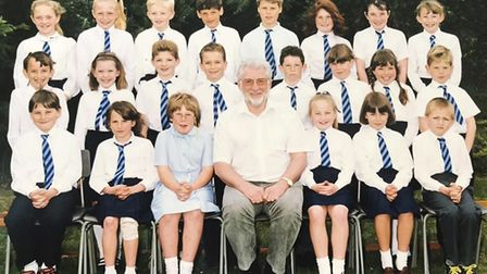 Ralph Brackenbury with a class at Woodlands Middle School in the 1990s.