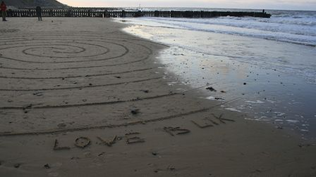 A labyrinth will be drawn in the sand onOverstrand beach from midday on June 24
