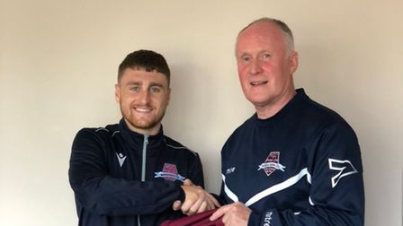 Harrison Cage signs for WGC with manager Nick Ironton