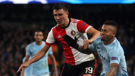Manchester City's Gabriel Jesus (right) and Feyenoord's Steven Berghuis battle for the ball during t