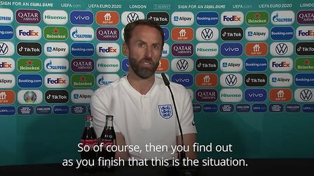 POSTER-Southgate-not-ruling-isolating-players-out-