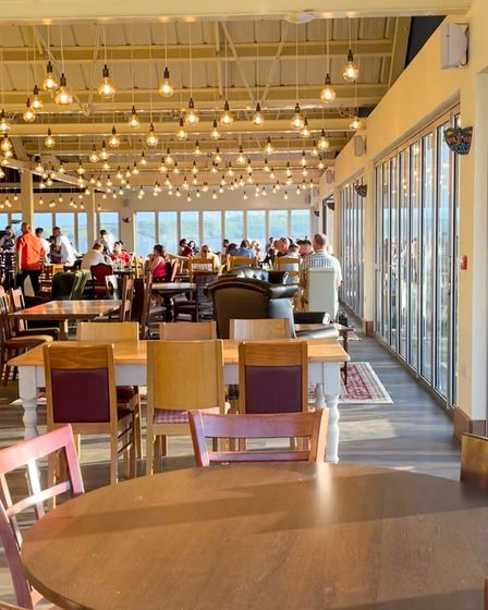 Revo Kitchen receives glowing reviews online after first week.