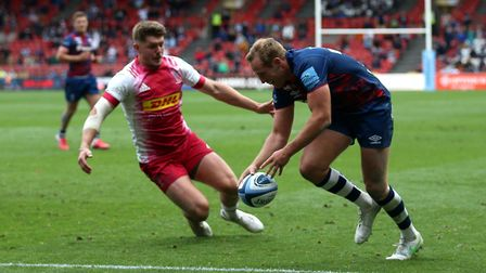 Bristol Bears' Max Malins scores a try in the Premiership semi-final against Harlequins