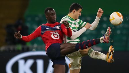Lille's Cheikh Niasse (left) and Celtic's Mohamed Elyounoussi in action during the UEFA Europa Leagu