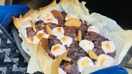 Your guests will be wowed by this gooey chocolate s'mores traybake