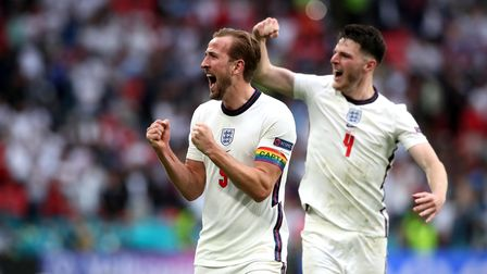 England's Harry Kane (left) and Declan Rice celebrate after during the UEFA Euro 2020 round of 16 ma