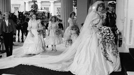 B44WM1 Prince Charles and Princess Diana return from St Paul s cathedral July 81 after their wedding