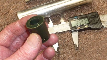 I gained accurate pellet start pressures by inserting dummy cylinders inside the HW77 cylinder, whic