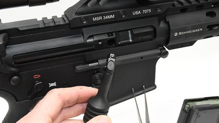 Addition right side QR charging handle makes the SR15 lightning fast to shoot, although it's fiddly