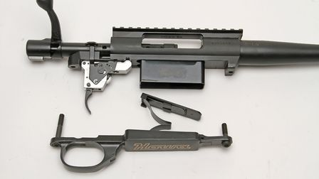 The Contractor comes with a hinged floor plate design, although accessory detachable mags are availa