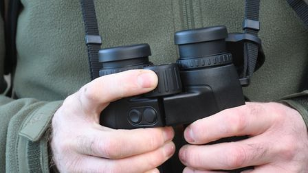 Precise fingertip focus from 5m-infinity in 1.75 turns And eyecups have eight positions!